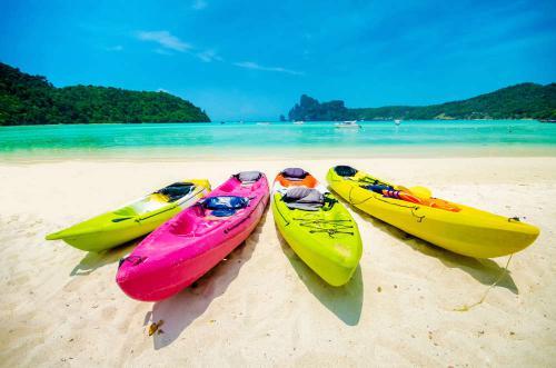 Kayak op strand