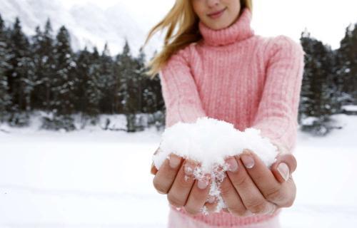 Sneeuw in handen